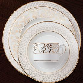 venetian_lace_gold_china_dinnerware_by_lenox.jpeg