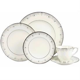 venetian_scroll_nori_china_dinnerware_by_noritake.jpeg
