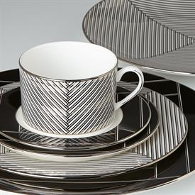 winston_by_brian_gluckstein_china_dinnerware_by_lenox.jpeg