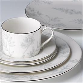 wisteria___lenox_china_dinnerware_by_lenox.jpg