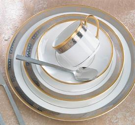 _,4-PIECE SAMPLE SETTING. INCLUDES DINNER PLATE, SALAD PLATE, BREAD PLATE & TEA CUP.