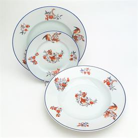 :30P BERNARDAUD FOR MAPPIN & WEBB DINNER SET. INCLUDES 10 EACH DINNER PLATES, BREAD PLATES, SOUP BOWLS