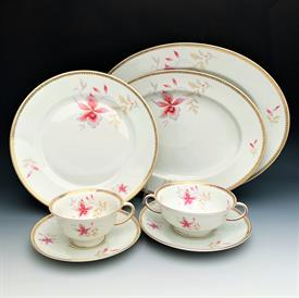 ,50P GOLD & SABLE BY NORITAKE. INCLUDES TEN 5 PIECE PLACE SETTINGS. CA. 1988-2002