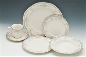 ,38P ROTHSCHILD BY NORITAKE. INCLUDES 6EA DINNER SALAD BREAD PLATES, TEA CUPS & SAUCERS, & SOUP BOWLS. 1 PLATTER, 1 VEGGIE BOWL
