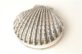 _PB653 SCALLOP SHELL STERLING SILVER PILL BOX IMPORTED FROM THAILAND