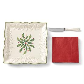 "-8.25"" CARVED SQUARE TRAY WITH NAPKINS & KNIFE 3-PIECE SET. MSRP $50.00"
