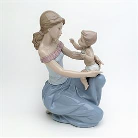 """,6705 'ONE FOR ME, ONE FOR YOU' ORIGINAL LLADRO BOX INCLUDED. 10.75"""""""