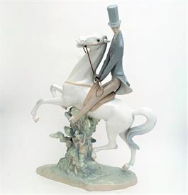 ",4515 'MAN ON HORSE' LARGE FIGURINE. 19.6"" TALL, 14"" LONG, 5.5"" WIDE"