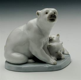 ",5434 MINI POLAR BEAR FAMILY. 1985. 3.5"" TALL"