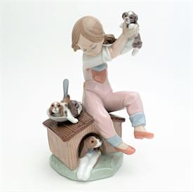",7621 'PICK OF THE LITTER' GIRL WITH DOG & PUPPIES FIGURINE WITH ORIGINAL BOX. 7.5"" TALL, 4"" LONG, 4.5"" WIDE"