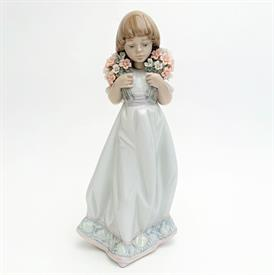 ",7603 'SPRING BOUQUET' GIRL WITH FLOWERS 1987 COLLECTOR'S SOCIETY PIECE SIGNED BY LLADRO BROTHER. 8.1"" TALL"