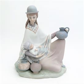 """,4822 'PERUVIAN GIRL WITH BABY' MATTE POTTERY SELLER FIGURINE. RARE. 9"""" TALL, 8"""" LONG, 5"""" WIDE"""
