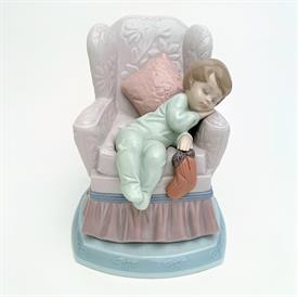 ",6667 'VISIONS OF SUGARPLUMS' BOY SLEEPING IN CHAIR. CIRCA 1999. PART OF THE 'NIGHT BEFORE CHRISTMAS' SERIES. 6.75""T. MIB"