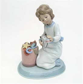 ",6671 'RINGING IN THE SEASON' GIRL WITH BELL & TOYS. 6""T. CIRCA 2000, PART OF THE 'NIGHT BEFORE CHRISTMAS' SERIES. MIB"