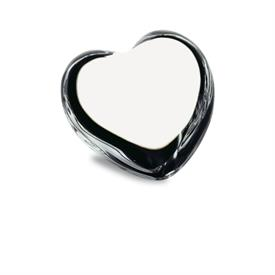 ,_CLEAR PUFFED HEART PAPERWEIGHT. MSRP $210.00