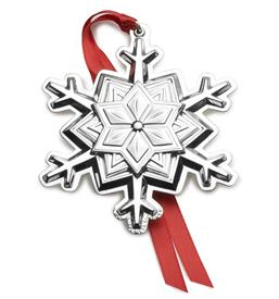 ,2018 Tuttle Snowflake 4TH ED. Sterling Silver Ornament 4th Edition made in USA by Tuttle MSRP $240 UPC#7303604025 MARKED DOWN 12/11/2018