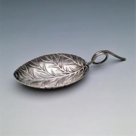",ENGLISH STERLING LEAF SHAPED TEA CADDY SPOON. HALLMARKED WITH THE LION STANDARD & THE GEORGE III DUTY MARK (1786-1821). 3.4"" LONG, .25 OZT"