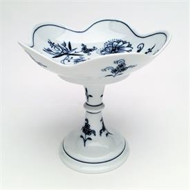 ",5.75"" FOOTED COMPOTE WITH SCALLOPED EDGES. CIRCA 1852-1938. CROSS SWORDS, 2 SLASH MARK."