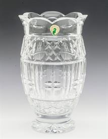 """,8.5""""VASE WITH SCALLOPED EDGES"""