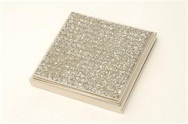 "-03961 GLITTER GALORE SQUARE COMPACT 2.25"" WITH DOUBLE MIRROR.COMES WITH A BLACK VELVET STORAGE BAG."