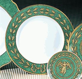 ",_DINNER PLATE IN GREEN. 10"" DIAMETER. MSRP $85.00"