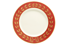 "-DINNER PLATE IN CURRANT. 10"" DIAMETER. MSRP $85.00"