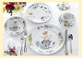 _5PC PLACE SETTING. INCLUDES DINNER, SALAD, BREAD & BUTTER PLATES, TEA CUP & SAUCER. MSRP $250.00