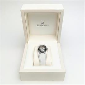 _0999961 'OCTEA MINI WHITE' WATCH WITH LEATHER BAND.