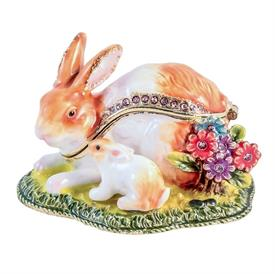 "-,1014145 MAMA & BABY BUNNY IN GRASS. 2.5"" LONG, 1.75"" TALL"