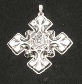 1976 CHRISTMAS CROSS STERLING NO BOX BY REED & BARTON