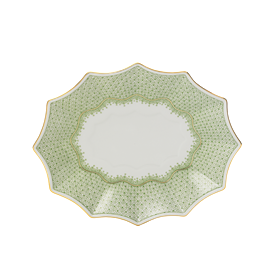 "-MEDIUM FLUTED TRAY. 8.25"" LONG, 6.5"" WIDE"
