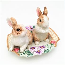 ",BOTANICAL BUNNY SALT & PEPPER SHAKER SET WITH UNDERPLATE. TRAY MEASURES 5.75"" LONG. SHAKERS MEASURE 4.8"" & 3.6"" TALL"