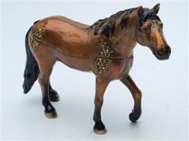 "-1141763 HORSE BROWN 4""T X 5 1/2 L"
