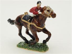 -1013580 RACING HORSE