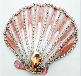 ,_LION PAW NATURAL SHELL WITH GOLDEN SHADOW CRYSTAL. ORIGINAL RETAIL $375