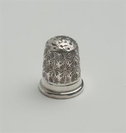 ENGLISH STERLING SILVER THIMBLE