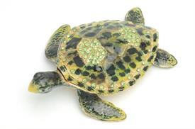 -,1013176 GREEN TURTLE 4.5X1.5X3.5 WITHGREEN CRYSTAL ON BACK SHELL OPENS FOR TRINKETS.