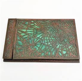 ",PINE NEEDLE NOTE PAD HOLDER 7.75"" X 4 15/16"" CRACKED FAVRILE GLASS OTHERWISE EXCELLENT CONDITION FOR ITS AGE"