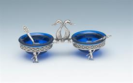 """,STERLING DOUBLE SALT DIP. UNMARKED BUT TESTS FOR STERLING SILVER. MOST LIKELY EUROPEAN (GERMAN). 2 COBALT GLASS LINERS + 2 SPOONS 5""""LX2.25"""""""