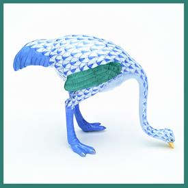 ",15436.0.00/SVNB OSTRICH. BLUE FISHNET W/ GREEN AND GOLD ACCENTS. 4.25""T X 6""W X 2""D"