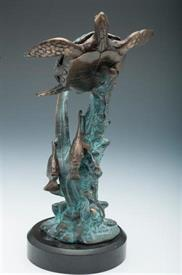 """-31635 SINGLE SEA TURTLE WITH FISH 10""""HIGH AND 5"""" WIDE"""