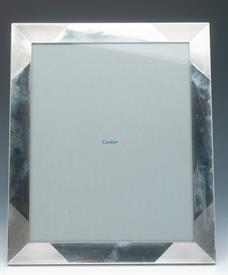 ,CARTIER 8X10 THICK STERLING SILVER PICTURE FRAME CONTAINS 7.10 TROY OUNCES CONDITION AN 8.5 OUT OF 10 PRETTY DESIGN