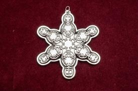 ,_16TH ANNUAL SNOWFLAKE GRANDE BAROQUE ORNAMENT STERLING SILVER MADE BY WALLACE IN YEAR 2013