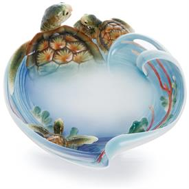 _,'TURTLE BAY' SCULPTURED ORNAMENTAL PLATE. DESIGNED BY CHANG YU YIN. SCULPTED BY CHIH KUN.