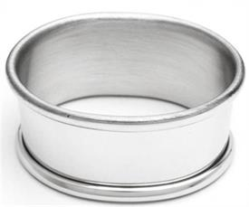 "_606P/SC1 NAPKIN RING OVAL PEWTER 1/8""WIDE  2 1/8""LONG."
