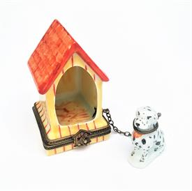 ",RETIRED DALMATIAN WITH DOGHOUSE LIMOGES TRINKET BOX. HAND PAINTED, SIGNED. HOUSE MEASURES 2.5"" TALL, 1.55"" LONG, 1.5"" WIDE. DOG 1.3"" TALL"