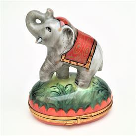 ",RARE CHAMART ELEPHANT IN SADDLE TRINKET BOX. RETIRED. HAND PAINTED, SIGNED. 3.9"" TALL, 3.25"" LONG, 2.2"" WIDE"