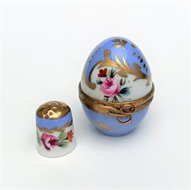 ",LIMITED EDITION LA GLORIETTE ARC DE TRIOMPHE TRINKET BOX. HAND PAINTED, SIGNED, NUMBERED 171 OF 999. 2.5"" TALL, 2.6"" LONG"