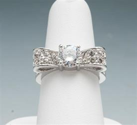 -SIZE 8 BOW RING WITH RHINESTONES