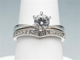 -SIZE 8 2PC. WEDDING SET TYPE RING WITH RHINESTONES